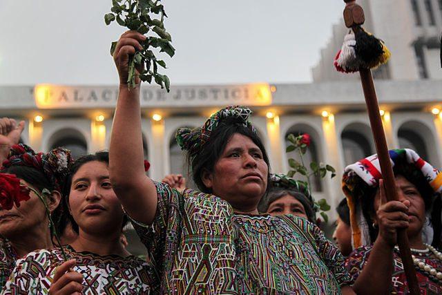 Reforma electoral guatemalteca excluye a mujeres e indígenas