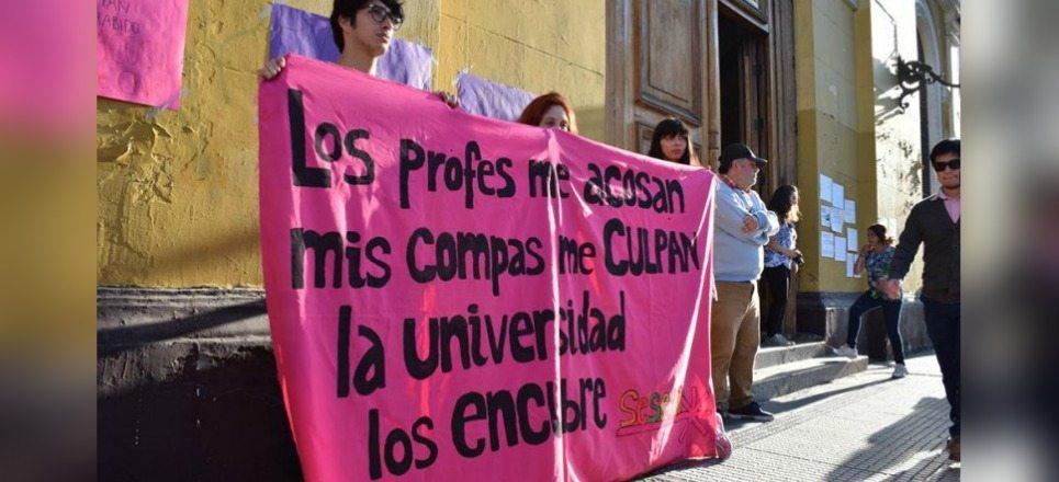 Denuncia de acoso sexual en universidad de México