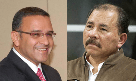 ¿Por qué diablos un expresidente salvadoreño se refugia en Nicaragua?
