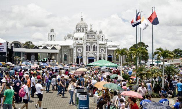"""Obispo costarricense: niñas violadas deben decirle """"sí a la vida en el vientre"""""""