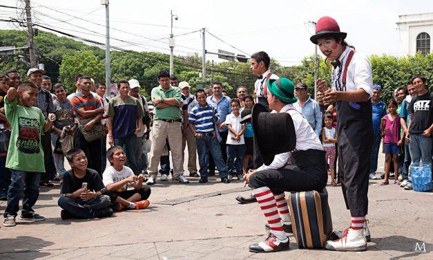 Sombrilla Arte y Circo Social, la primera escuela de formación circense de El Salvador