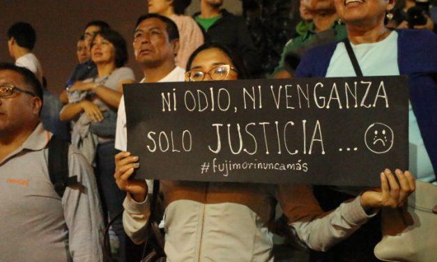 Los sonidos y las voces de la marcha contra el indulto a Alberto Fujimori
